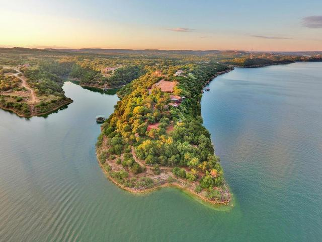 18405 Lakeshore Pt, Lago Vista, TX - USA (photo 1)