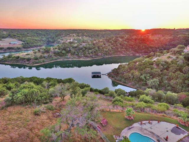 18405 Lakeshore Pt, Lago Vista, TX - USA (photo 2)