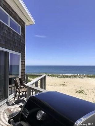 Single Family Residence, 2 Story - Ocean Bay Park, NY