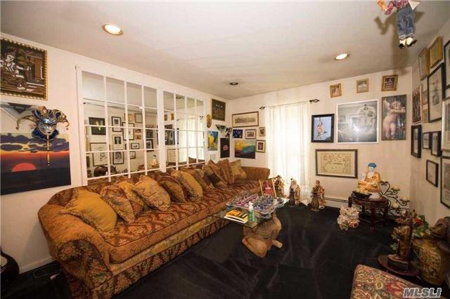 Residential, Contemporary - East Islip, NY (photo 5)