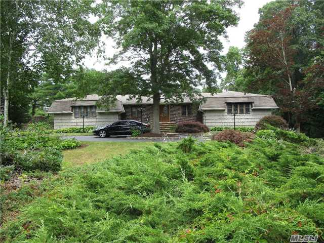 Residential, Ranch - Melville, NY (photo 3)