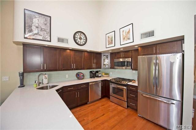 Residential, Contemporary - Amityville, NY (photo 5)