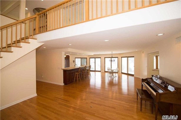 Rental Home, Other - Islip, NY (photo 4)