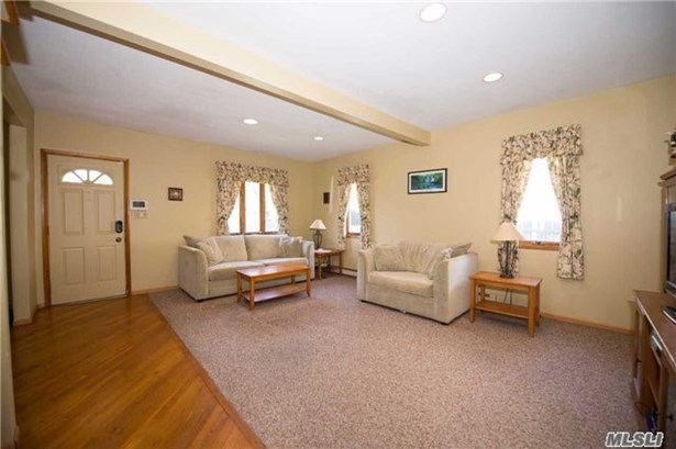 Residential, Colonial - Islip, NY (photo 4)