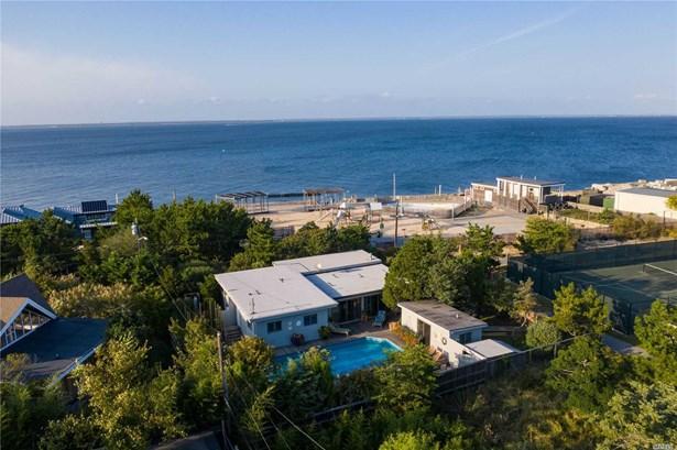 Single Family Residence, Contemporary - Seaview, NY