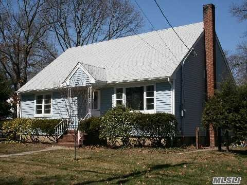 Residential, Exp Cape - East Islip, NY