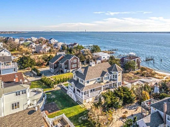Rental Home, Traditional - Oak Beach, NY (photo 3)