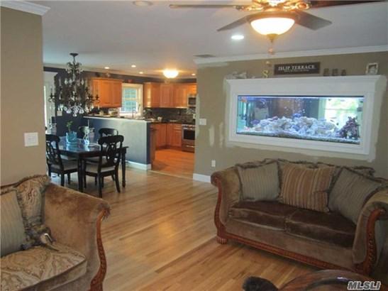 Residential, Ranch - Islip Terrace, NY (photo 2)