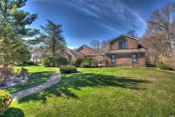 Residential, Traditional - East Islip, NY