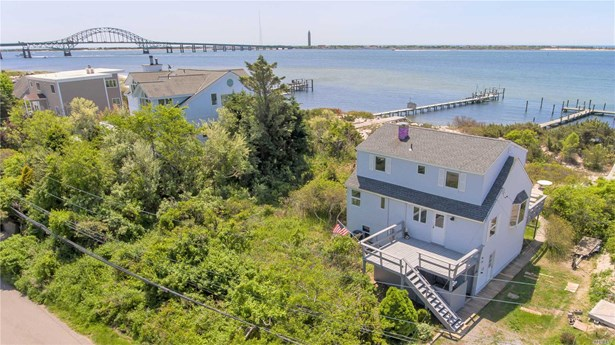 Residential, Colonial - Oak Beach, NY