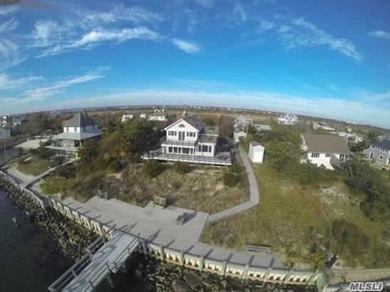 Residential, Colonial - Oak Beach, NY