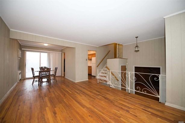 Residential, Split - East Islip, NY (photo 3)