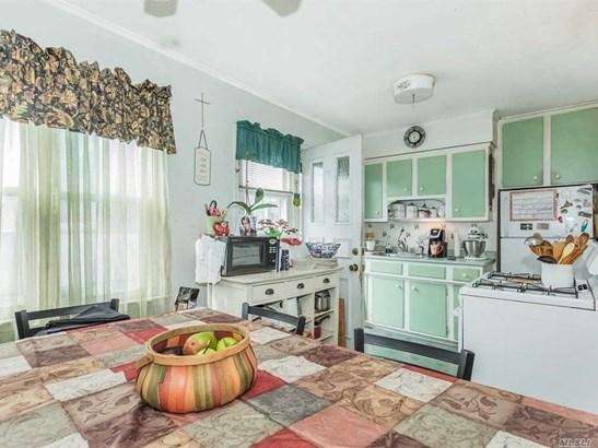 Residential, Exp Cape - W. Babylon, NY (photo 4)