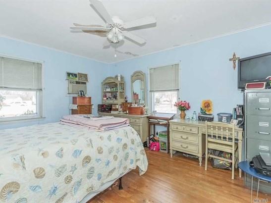 Residential, Exp Cape - W. Babylon, NY (photo 5)
