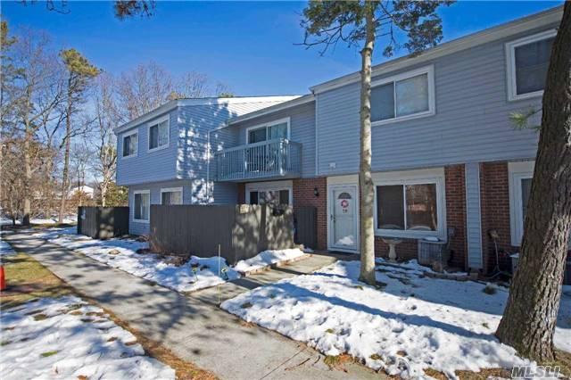 Residential, Condo - Holbrook, NY (photo 2)