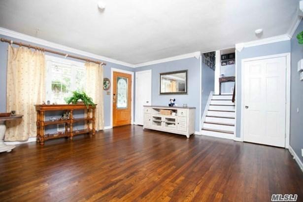 Residential, Split - Lindenhurst, NY (photo 4)