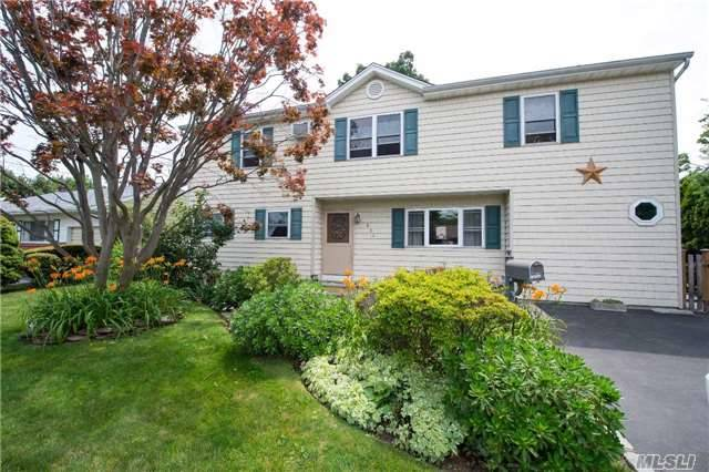 Residential, Split - Lindenhurst, NY (photo 1)