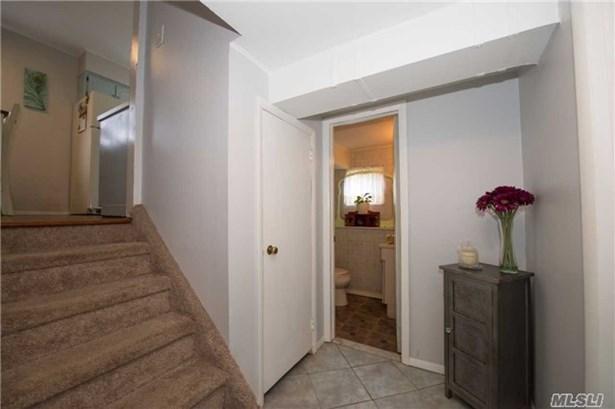 Residential, Split - Lindenhurst, NY (photo 5)