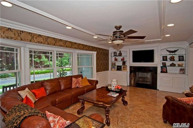 Residential, Colonial - East Islip, NY (photo 5)