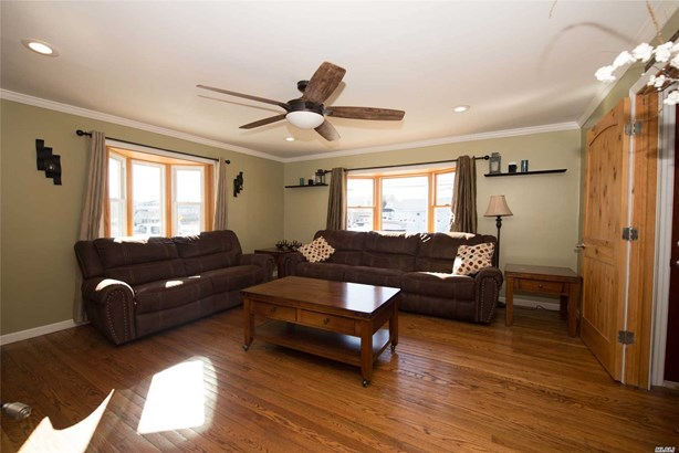 Residential, Exp Cape - Amityville, NY (photo 5)