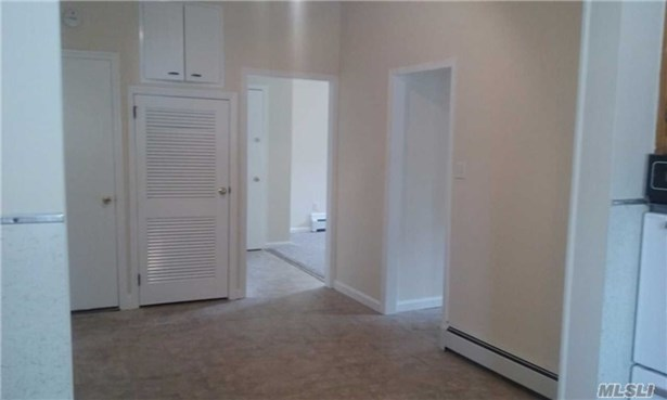 Rental Home, Apt In House - West Islip, NY (photo 2)