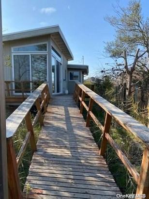 Single Family Residence, Other - Seaview, NY