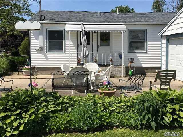 Rental Home, Apt In House - Deer Park, NY (photo 1)