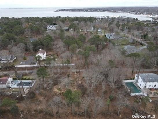 Unimproved Land - Hampton Bays, NY