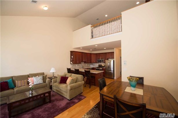Residential, Condo - Patchogue, NY (photo 4)