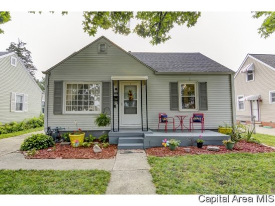 Bungalow,1.5 Story, Residential,Single Family Residence - Springfield, IL (photo 1)