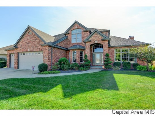 2 Story,Traditional, Residential,Single Family Residence - Springfield, IL