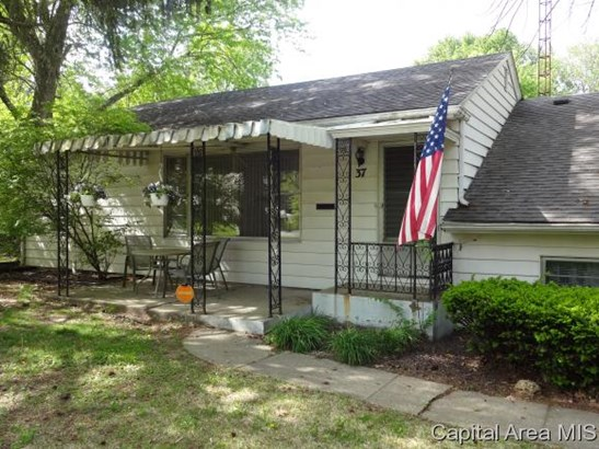 Multi-Level, Residential,Single Family Residence - Springfield, IL (photo 2)