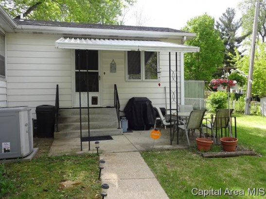 Multi-Level, Residential,Single Family Residence - Springfield, IL (photo 3)