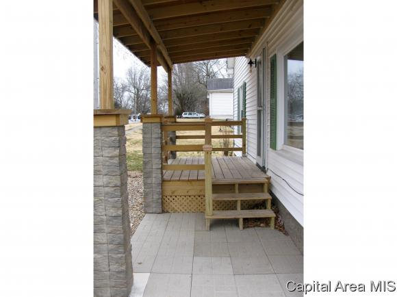 Bungalow,1 Story, Residential,Single Family Residence - Riverton, IL (photo 2)