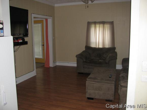 Bungalow,1 Story, Residential,Single Family Residence - Riverton, IL (photo 3)