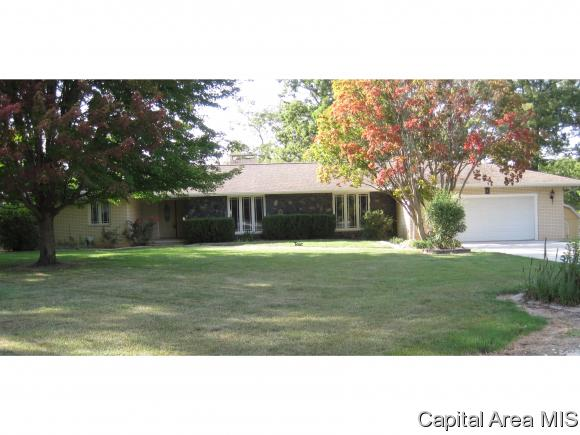 1 Story, Residential,Single Family Residence - Taylorville, IL (photo 1)