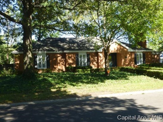 Ranch,1 Story, Residential,Single Family Residence - Sherman, IL (photo 1)