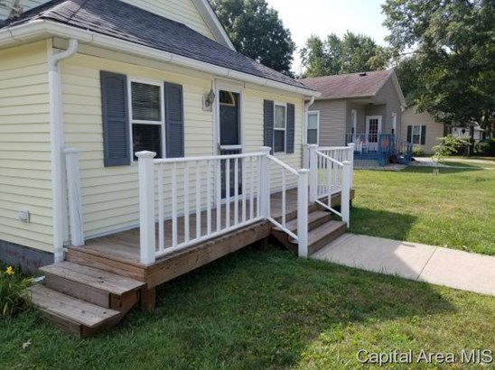 Bungalow,1 Story, Residential,Single Family Residence - Girard, IL (photo 2)