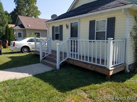 Bungalow,1 Story, Residential,Single Family Residence - Girard, IL (photo 3)