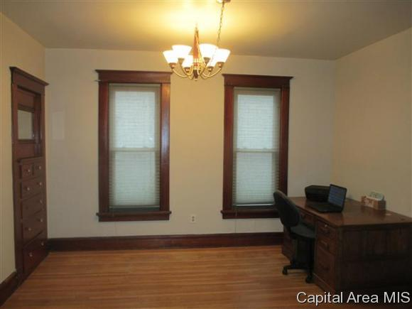 Residential,Single Family Residence, 2 Story - Jacksonville, IL (photo 5)
