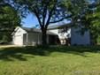 Bi-Level, Residential,Single Family Residence - Sherman, IL (photo 1)