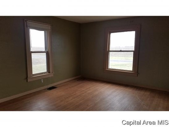 Residential,Single Family Residence, 2 Story - Girard, IL (photo 4)