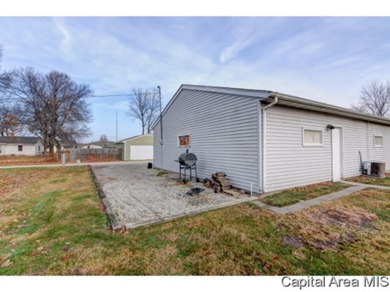 Bungalow,1 Story, Residential,Single Family Residence - Auburn, IL (photo 5)