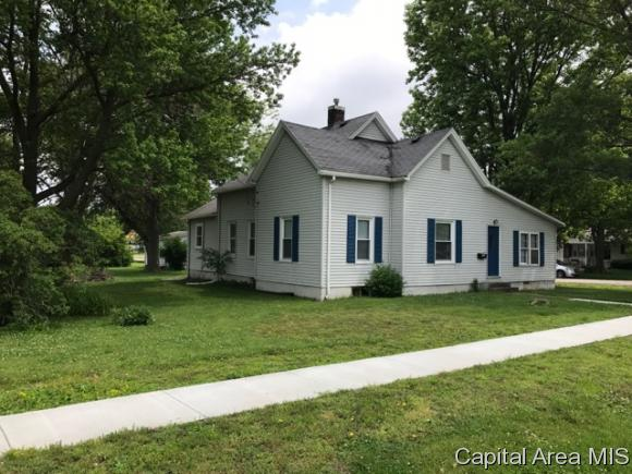 Bungalow,1 Story, Residential,Single Family Residence - Virden, IL (photo 2)