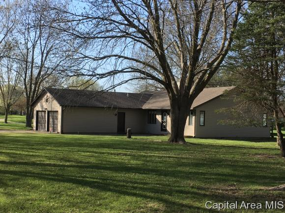 Ranch, Residential,Single Family Residence - Glenarm, IL (photo 2)
