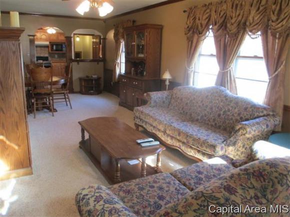 1 Story, Residential,Single Family Residence - Jacksonville, IL (photo 4)