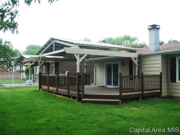 Ranch,1 Story, Residential,Single Family Residence - Sherman, IL (photo 2)