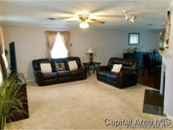 Ranch, Residential,Single Family Residence - Jacksonville, IL (photo 2)