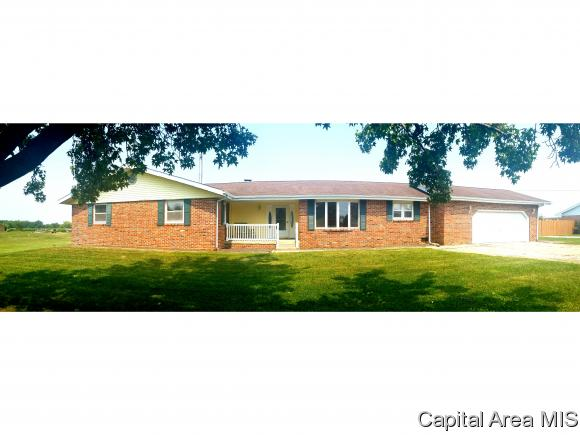 Ranch, Residential,Single Family Residence - Girard, IL (photo 1)