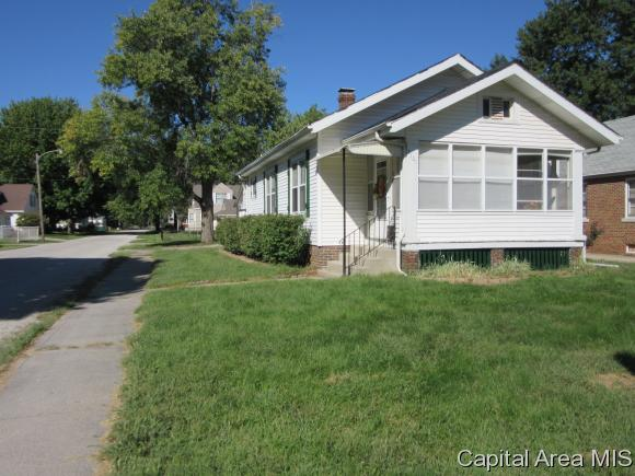 Bungalow, Residential,Single Family Residence - Springfield, IL (photo 3)